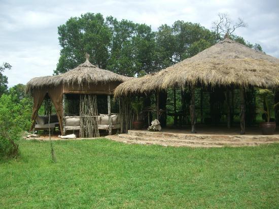 Enkerende Tented Camp: El comedor y salon
