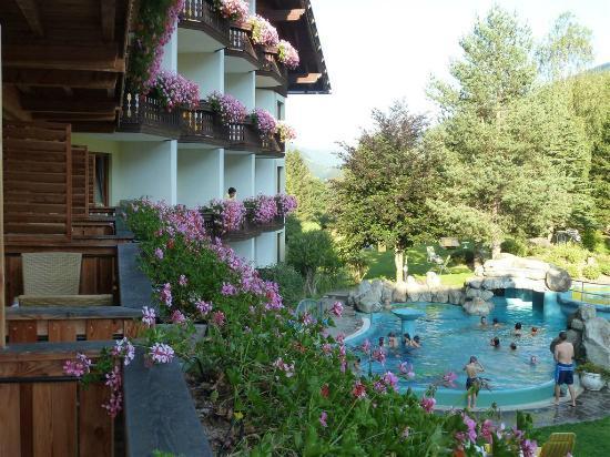 Harmony's Hotel Kirchheimerhof: Genieten in en om het kinderzwembad