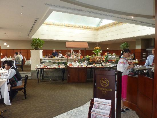 Sheraton Quito: Buffet