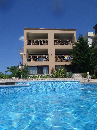 Enodia Hotel: Από την Πισίνα 1