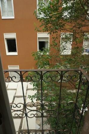 Hotel Rigel: Room view