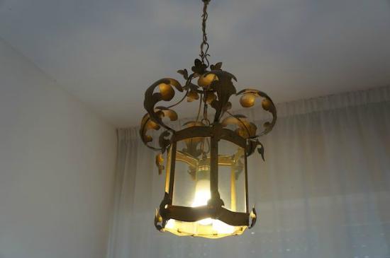 Hotel Rigel: Hallway lamp