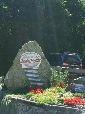 Camping Jungfrau: Entrance sign