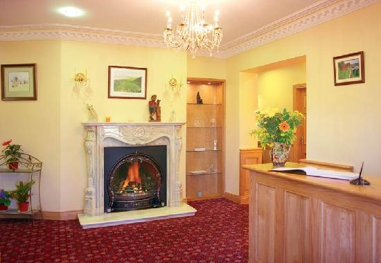 Cashen Course House: Reception