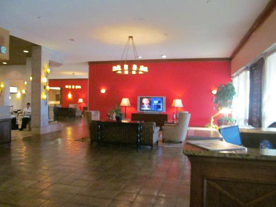 Holiday Inn San Antonio International Airport: Entrance