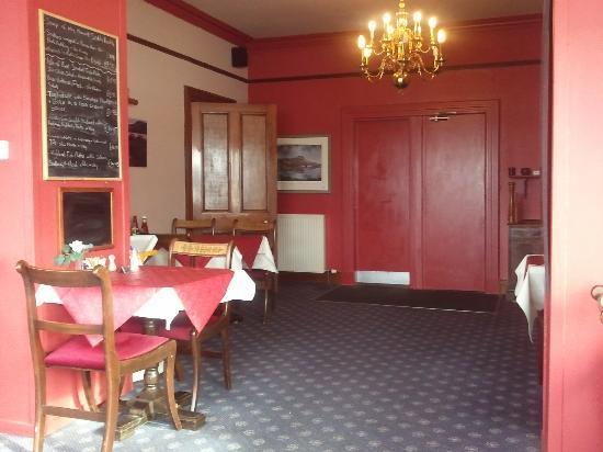The Millcroft Hotel: Restaurant/Breakfast Room