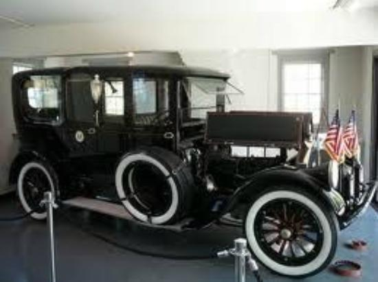 Woodrow Wilson Presidential Library and Museum: Woodrow Wilson's Pierce Arrow