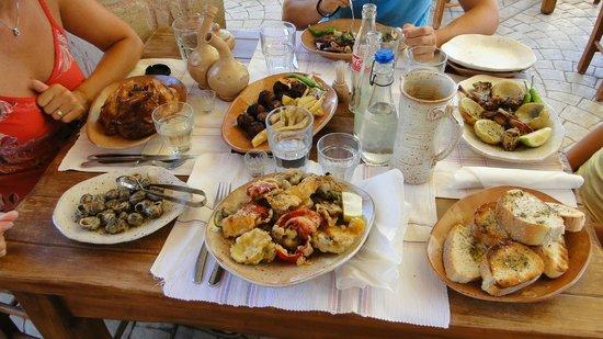 Gramboussa: vari piatti