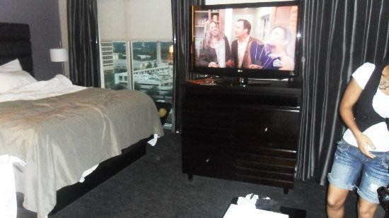 HYATT house Charlotte Center City: Big Tv!
