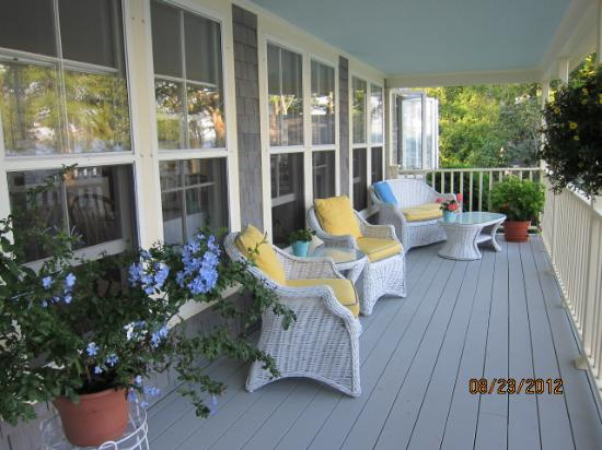 Inn at Sunrise Point: Porch at Main House