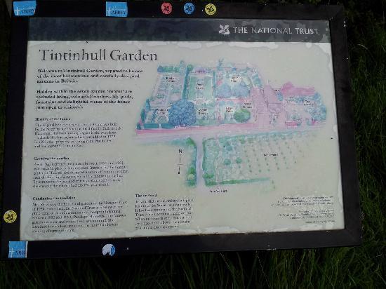 Tintinhull Garden: Info in car Park