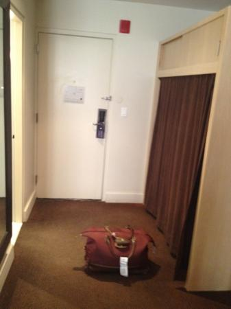 The Andrew Hotel: closet for clothes