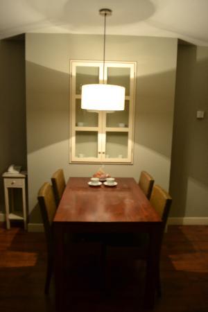 HG Cerler: Apartamento 2-4p. Comedor