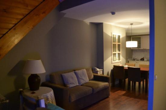 HG Cerler: Apartamento 2-4p. Zona estar