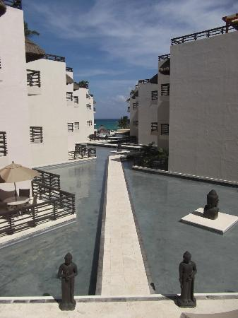 Aldea Thai Luxury Condohotel: view out to the water