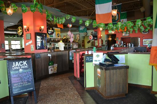 Shawn O'Donnell's American Grill and Irish Pub: We're here to greet you!