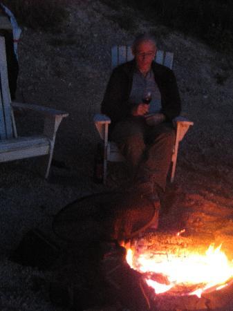 Gateway Motel: Fire Pit