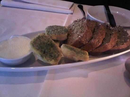 Roadford House Restaurant & Accommodation: Homemade Breads