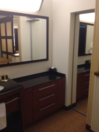 Hyatt Place Garden City: other half of vanity and closet