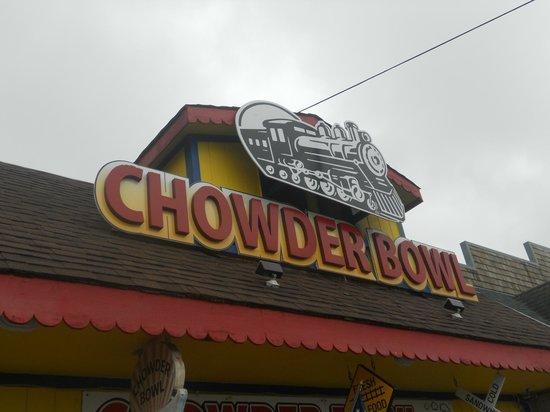 Chowder Bowl: yummy food ;)