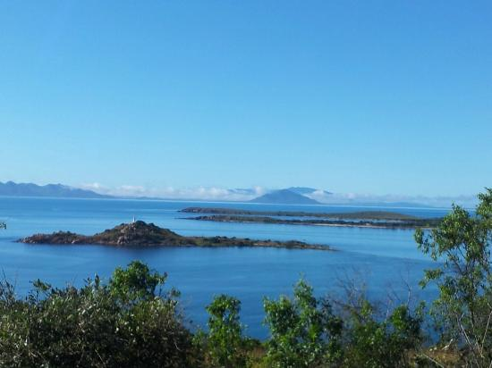 Bowen Arrow Motel: View from the local Flagstaff Hill looking to Gloucester Island