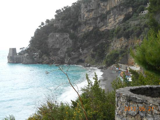 Villa La Tartana: View along the Amalfi Coast