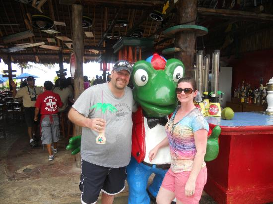 Senor Frogs Costa Maya: With Senor Frog himself
