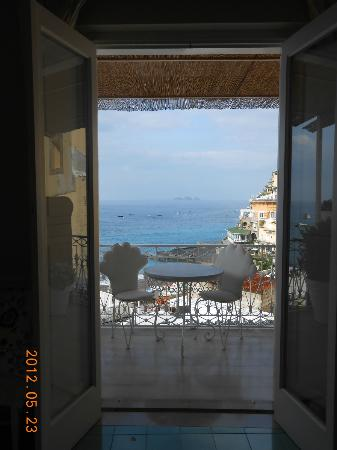Villa La Tartana: View through the doors of our room