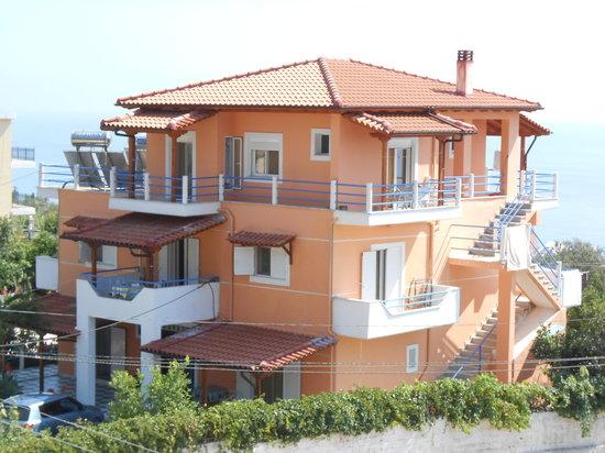 Yard Paradise Hotel : General View