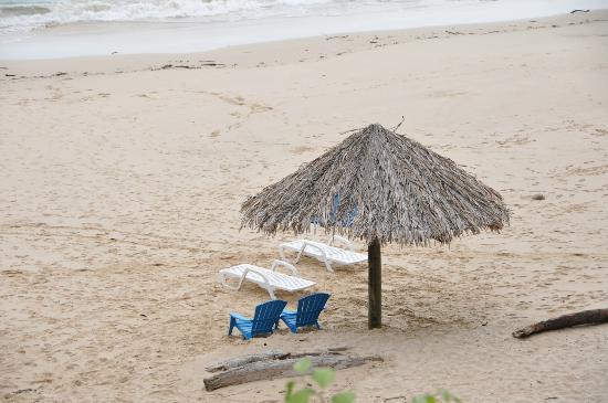 Mar & Oro: view of cacique beach from villa romantica