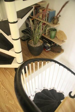 Old Town Accomodations: Narrow Spiral stairs