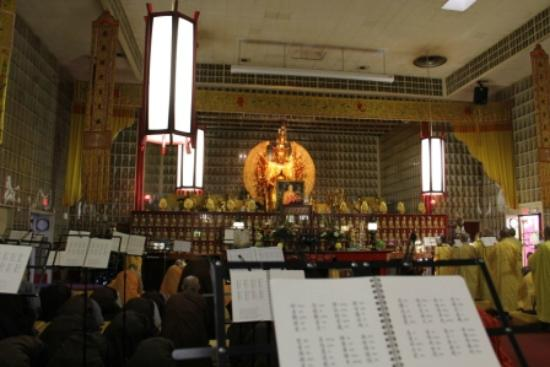 The City of Ten Thousand Buddhas: Hall of 10,000 Thousdan Buddhas Inside