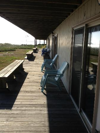 Crescent Beach Motel: The deck