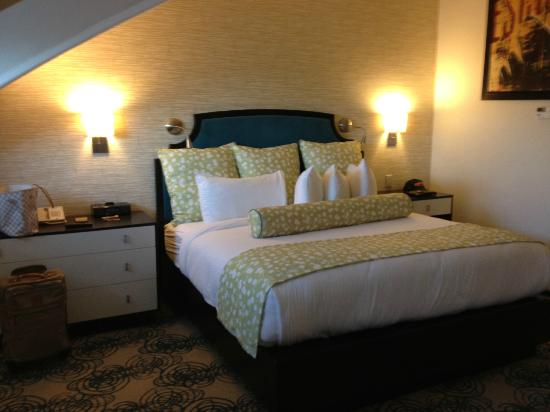 Hotel Skyler Syracuse, Tapestry Collection by Hilton: Comfy bed