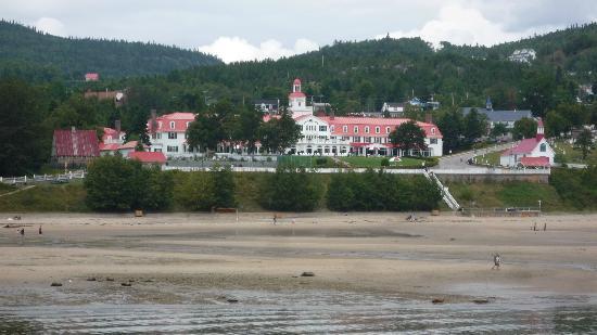 Excursions en Mer Baie de Tadoussac Day Tours : Hôtel de Tadoussac