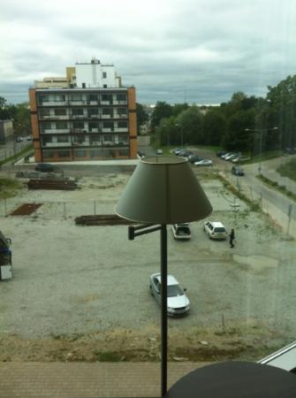 Park Inn by Radisson Meriton Conference & Spa Hotel Tallinn: Blick nach draußen.