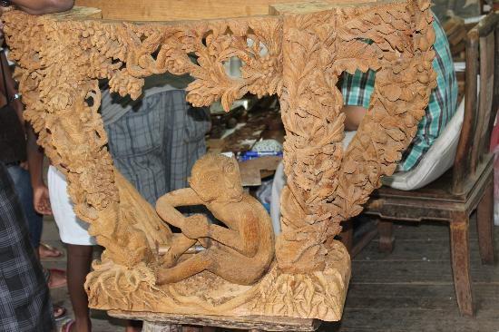 Carved Woods Factory: Coffee table