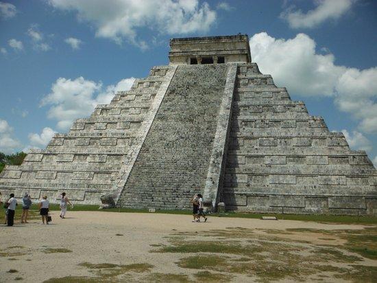 My Cancun Experience Day Tours : Chitzen Itza