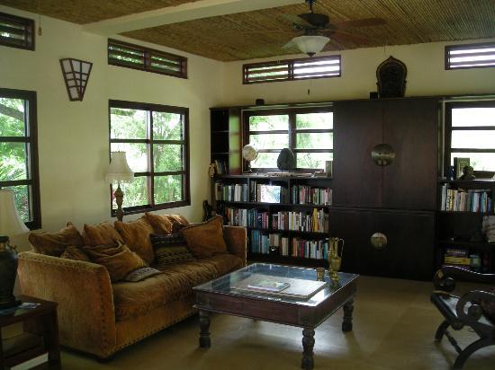 AHKi B&B Retreat: Lounge
