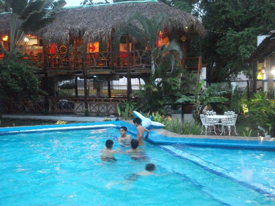 Best Western Posada Chahue: Pool at BW Chahue