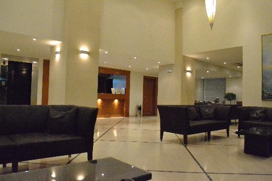 Mitsis La Vita Beach Hotel: η αίθουσα υποδοχής