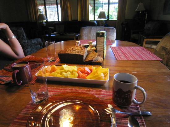 Alegria Bed and Breakfast: GREATEST BREAKFAST