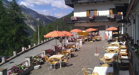 Hotel Zebru: terrazza del bar dell'albergo