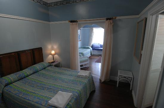Floriana Guesthouse: Queen bedroom