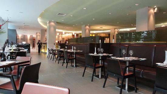 Hilton London Canary Wharf: Restaurant