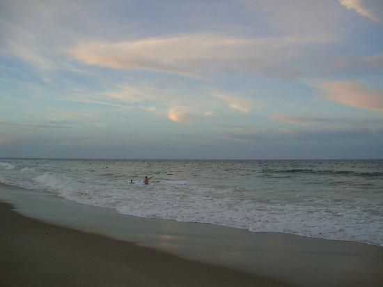 Marconi Beach: Beautiful Sky; clear beach