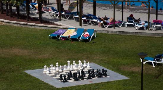 Hotel Mediterraneo Park and Hotel Mediterraneo: Scacchiera gigante