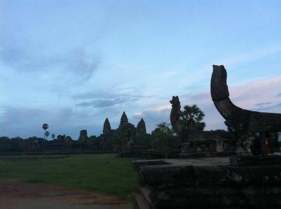Cambodia Angkor Wat Day Tours: Angkor Wat avec Thy et Cambodia Angkor Wat Private Tour