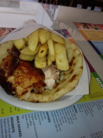 Tzatziki: Pita Gyros chicken