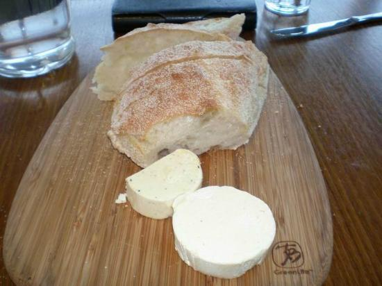 Beltana Hotel-Motel: Bread and butter